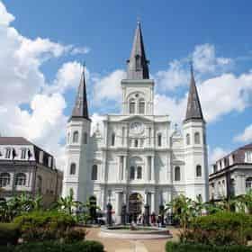 New Orleans City Saver - City Bus Tour & Natchez Daytime River Cruise