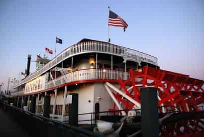 Steamboat Natchez Daytime Jazz Cruise with Optional Lunch