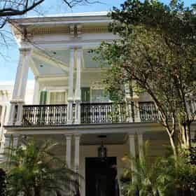 New Orleans Garden District, Mansions & Cemetery Walking Tour