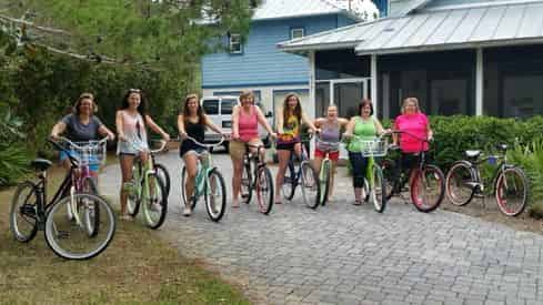 Bike Rentals with Shoreline Beach Service