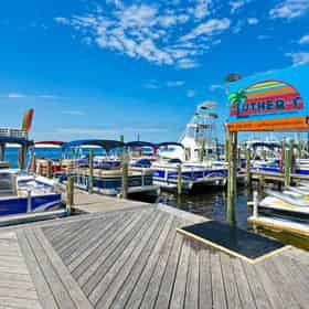 24 ft (12 passenger) Destin Pontoon Boat Rental