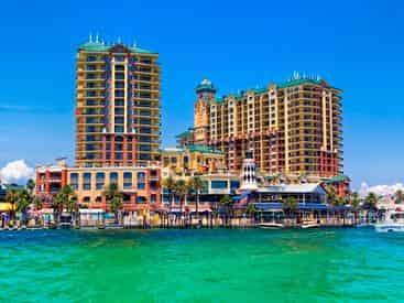 12 Person Pontoon Rental on the Destin Harbor