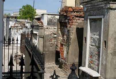 Cemetery & Voodoo Combo History Tour